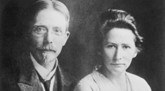 Os fundadores August e Marie Krogh